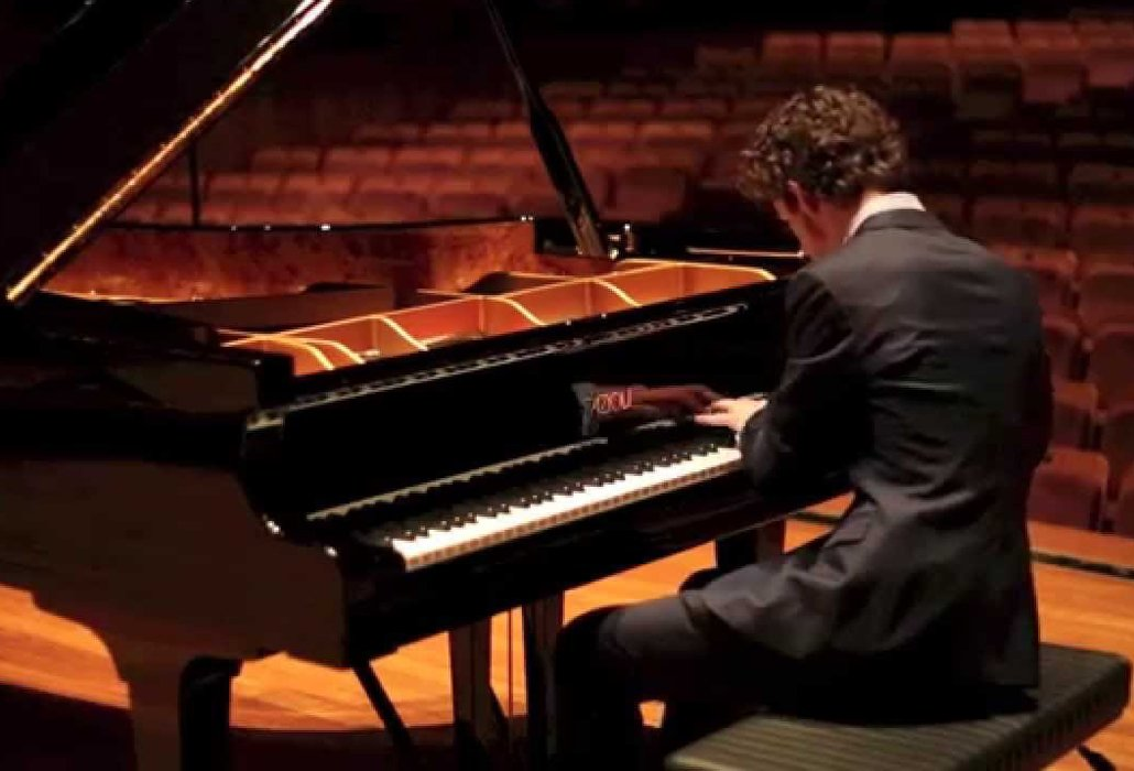 Trusted Piano Mover for the biggest Piano Businesses and Venues